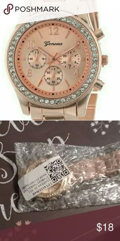 Gorgeous Rose Gold Watch Beautiful rose gold analog watch perfect for any occasion. In packaging and never worn. Accessories Watches