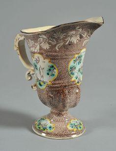 Hubička helma-kachlová Savona zdobené Levantine a označené pod dnem se královské jablko, osmnáctého století | Starožitnosti na Anticoantico