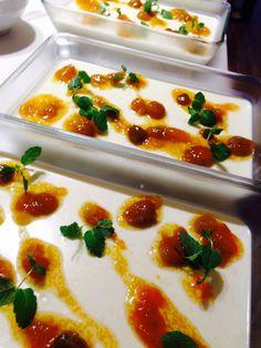 岩手県岩泉の早野商店さんのフルーツほおずきジャムを使ったパンナコッタ