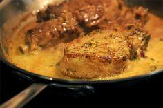 Χοιρινές μπριζόλες με σάλτσα μουστάρδας - Filenades.gr
