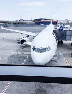 Pilot / Airbus 330 / JFK Airport / New York / Travel / Finnair / Homebound / Noora&Noora nooraandnoora.com New York Travel, Jfk, Pilot, Aviation, Aircraft, Train, New York Trip, Pilots, Planes