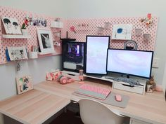 Anyone for a cutesy battlestation? Study Room Decor, Room Ideas Bedroom, Gaming Room Setup, Computer Gaming Room, Computer Setup, Pc Setup, Desk Setup, Small Game Rooms, Home Music