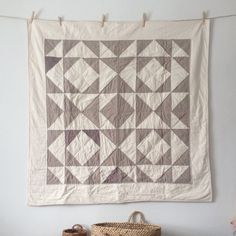 Sugar House Workshop - Ash Quilt - great subtle colors for a busy pattern. Small Quilts, Mini Quilts, Baby Quilts, Quilting Projects, Quilting Designs, Sewing Projects, Patch Quilt, Quilt Blocks, Textiles