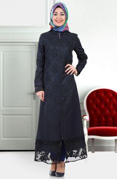 "Beria Jakarlı Ferace 6101 Lacivert Sitemize ""Beria Jakarlı Ferace 6101 Lacivert"" tesettür elbise eklenmiştir. https://www.yenitesetturmodelleri.com/yeni-tesettur-modelleri-beria-jakarli-ferace-6101-lacivert/"