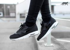 huge discount 60036 8f20a Nike Wmns Air Max 1 Ultra Essentials (Black   Black - Sail) Nike Flyknit