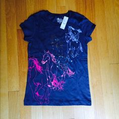 Horse print girl's t shirt Old Navy Girl's t shirt Old Navy Tops Tees - Short Sleeve