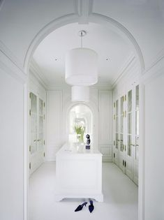 walk in closet design 14 Walk In Closet Designs For Luxury Homes charming white walkin in closet design for the modern home Dressing Room Closet, Dressing Room Design, Dressing Rooms, Walk In Closet Design, Closet Designs, Wardrobe Design, Beautiful Closets, White Closet, Home Modern