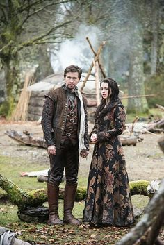 Reign, season 3, episode 16, Clans. Queen Mary and Bash.