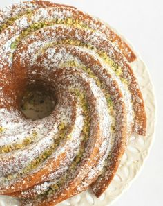 Pistachio Pudding Bundt Cake | 17 Cakes Even Incredibly Lazy People Can Make