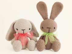 Mesmerizing Crochet an Amigurumi Rabbit Ideas. Lovely Crochet an Amigurumi Rabbit Ideas. Easter Crochet, Crochet Bunny, Love Crochet, Crochet Animals, Diy Crochet, Knitted Bunnies, Knitted Dolls, Crochet Dolls, Amigurumi Patterns