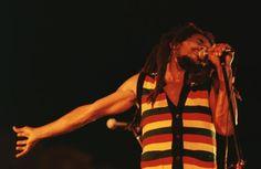 Bob Marley @Music Biz Mentor.com : Legendary iconic singer Bob Marley