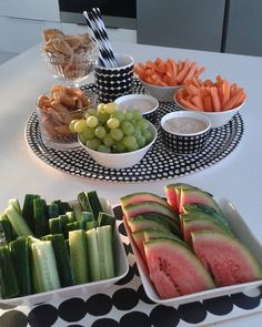 Simple healthy dinner recipes for kids ideas christmas decorations Easy Healthy Dinners, Easy Healthy Recipes, Healthy Snacks, Dinner Recipes For Kids, Kids Meals, Cute Food, Yummy Food, Summer Cakes, Healthy Fruits
