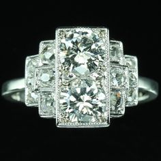1920's vintage. French Art Deco diamond engagement ring 18K white gold