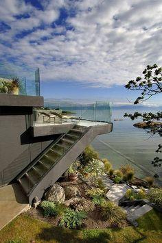 Contemporary House - Home Bunch - An Interior Design & Luxury Homes Blog
