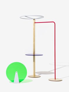 <p>Colored Objects, designed at Fabrica, is a system of store display fittings designed to showcase United Colors of Benetton apparel and accessories;modular and flexible they offer a variety of perso