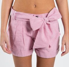 Seersucker bow shorts from Lauren James. Seersucker bow shorts. LJspring15.