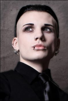 #Gothic guy - Chris Hentschel