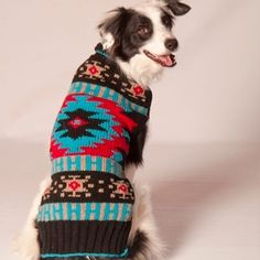 100% Wool Handmade Navajo Style Dog Sweater - Paws en Vogue || The perfect accessory for your preppy pup. Focusing on providing the best of organic, environmentally-friendly and fair-trade products to your 4-legged friends, because we care about the health and well-being of your pets, the planet, and how and by whom our products are made! Made of upcycled cotton with an adjustable d-ring closure. Made with organic dyes, no harsh chemicals in fair trade conditions.