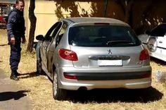 Suspeito entra na contramão, bate carro roubado e acaba preso por dois PMs que passavam pelo local - http://noticiasembrasilia.com.br/noticias-distrito-federal-cidade-brasilia/2015/07/31/suspeito-entra-na-contramao-bate-carro-roubado-e-acaba-preso-por-dois-pms-que-passavam-pelo-local/