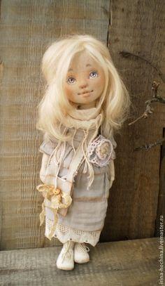 Николь - бежевый,кукла ручной работы,кукла,кукла в подарок,кукла текстильная ♡