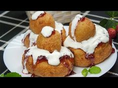 Food Decoration, Dessert Recipes, Desserts, Croissant, Cheesecakes, Feta, French Toast, Food Photography, Muffin