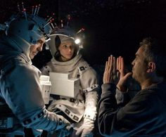 De plácemes el mexicano Alfonso Cuarón gana como mejor director en los #GoldenGlobes por su cinta #Gravity y con mucho orgullo le dedicó el premio a su mamá  #MamOrgullosa