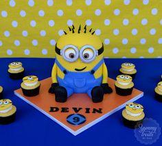 Minion cupcakes | Minion cupcakes, Minion birthday, Cake ...