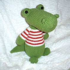 Free Patterns by H: Gator Doll