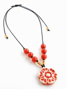 Art Bead Scene Blog: Coral Flower Adjustable Necklace - Free Project