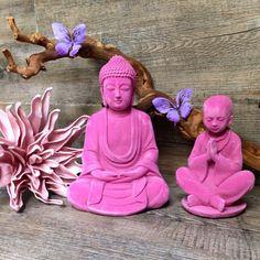 Appel a la zenitude.. Ils sont de retour dans notre boutique ! #zen #zenitude #Bouddha #moine #prière #velours #sculpture #accessoires #Deco #décoration #decalé #coloré #home #home_intérieur #statuette #fificanarishop #eshop #e_shop #online #lille #lillemaville #design fifi-canari.com