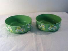 Set of 2 Vintage Green Daisy Alladinware by AltmodischVintage