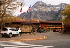 Fall is a great time of year to enjoy the wonders of Waterton. Days are still long and warm, nights crisp and full of stars. A comfortable place to 'crash' is the Bayshore Inn Spa & Resort. Inside this wooden lakeside structure you find all things needed to be pampered after a long day of hiking in the woods or peddling on the water. The Bayshore Inn offers spa services and a couple of bars & restaurants. Here you dream away with a Caesar in your hand staring at the ever changing Waterton…