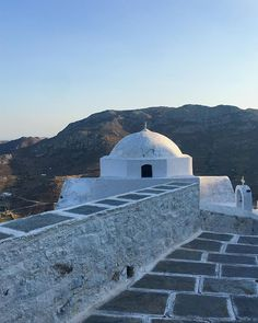 """""""Serifos, Church ⛪️♥️ - - #seriphos #serifos #hora #greece #weekendaway #holiday #beautiful #sunset #father #trip #wanderlust #picoftheday #photography #photooftheday #instafun #sun #sky #architecture #history #travels #instagood #instadaily #travelblogger #fun #instatravel #travelgram"""" by @isabellabrg. #fashionbloggers #bbloggers #fbloggers #blogs #bblogger #beautyblog #beautybloggers #instagramers #roadtrip #여행 #outdoors #ocean #world #hiking #lonelyplanet #instacool #instafollow…"""