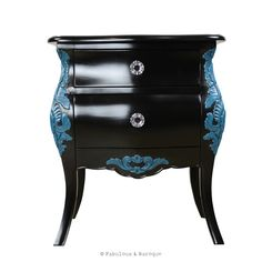 This stunning French style bedside table from our French Bordeaux collection is crafted with beautifully carved legs and fabulous curves!