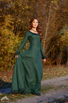 fantasy-linen-dress-autumn-princess-for-sale-available-in-6852737.jpg (1600×2400)