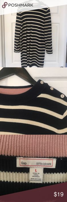 """Gap Striped Sweater Dress Gap navy and White Sweater Dress. Heavy Knit. Long Sleeve. Buttons on the Sleeves. Would look great with boots or booties. 37"""" in length and 42"""" in the waist. Make an Offer😊 GAP Dresses"""