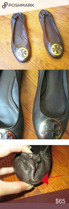Tory Burch Brown Flats Size 8 flats. Gently used with some scuffing on the left shoe (pic #3) and very minimal on the front (pic #4). The bottoms are in near perfect condition 😊 (pic # 7). Still very wearable.   🌻Open to reasonable offers!!!🌻 Tory Burch Shoes Flats & Loafers