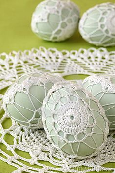 Easter eggs with beautiful white crochet decoration