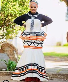 Beautiful Xhosa Dress With Tulle African Inspired Fashion, Latest African Fashion Dresses, African Print Fashion, African Wear, African Attire, African Dress, Traditional Wedding Attire, Traditional Outfits, South African Traditional Dresses