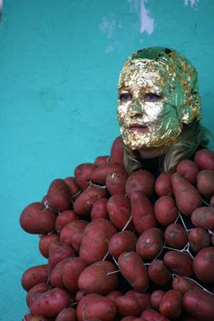 Amanda Coogan, How to Explain the Sea to an Uneaten Potatolive performance photograph, 2008 (Coogan studied with Abramović. 3d Things, Pie In The Sky, Surreal Art, The Magicians, Dublin, Surrealism, Amanda, Art Photography, Sculptures