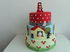 locacao-bolo-fake-chapeuzinho-vermelho-personalizado.jpg (640×480)