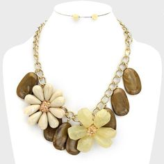 Brown Stones Cream Flowers Clear Centers Chunky Gold Chain  Fashion Necklace Set #FashionJewelry