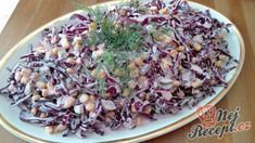 Vynikající lehký zelný salát se zálivkou z bílého jogurtu a zakysané smetany | NejRecept.cz Vegetable Salad, Cooking Light, Coleslaw, Cabbage, Salads, Food And Drink, Health Fitness, Rice, Vegetarian