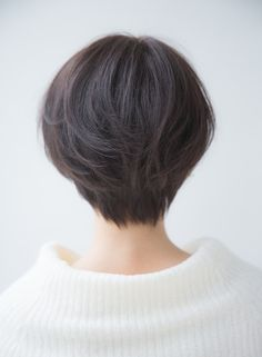 Well, one of the most trendy haircuts this year is the pixie haircut. Short Hair Tomboy, Girl Short Hair, Short Hair Cuts, Tomboy Hairstyles, Bob Hairstyles For Fine Hair, Cool Hairstyles, Shot Hair Styles, Long Hair Styles, Korean Short Hair