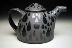 i love matte & gloss together, and i love raindrops, though i don't quite love the shape of this teapot so this wont live on my teapot board. RP  Eric Rempe