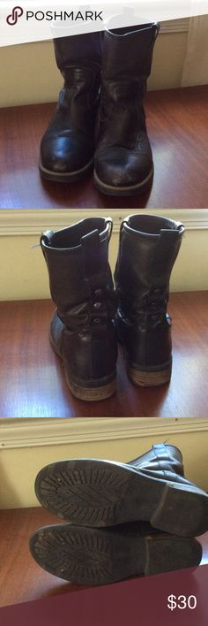 Black moto boots Leather used but with lots of life. Fits loose more like an 8.5 though I just wear thicker socks and they are great. Very comfortable. Steve Madden Shoes Combat & Moto Boots