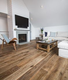 A best seller from the Sawyer Mason collection! Esplanade is an engineered hardwood flooring that gives remarkable ambiance in any room from LA to Boston. Wide Plank Flooring, Engineered Hardwood Flooring, Hardwood Floors, Oak Flooring, Flooring Ideas, Wooden Flooring, Hardwood Floor Colors, Villa, French Oak