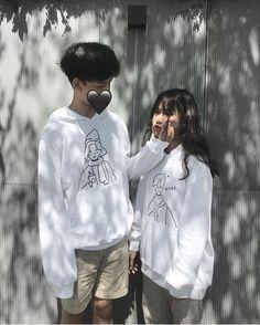 Aesthetic Korea, Couple Aesthetic, Ulzzang Korea, Ulzzang Boy, Cute Couple Art, Sweet Couple, Cute Couples Goals, Couple Goals, Green Bridal Showers