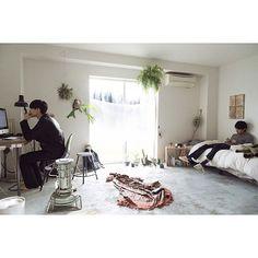 メンズ部屋/賃貸/一人暮らし/部屋全体のインテリア実例 - 2015-12-16 07:45:22 | RoomClip(ルームクリップ) Re Room, Small Room Bedroom, Japan Apartment, Room Interior, Interior Design, Room Setup, Cool Rooms, Simple House, Apartment Design