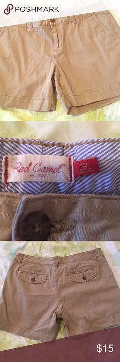 Red camel khaki shorts Worn twice Red Camel Shorts Bermudas